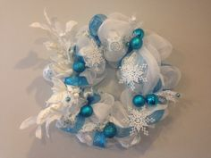"""Frozen wreath for those little ones (and lets face it some of you big ones out there) who can't get enough!!   """"oh I love it. Its so cute. It's like a baby unicorn!"""" -Olaf"""