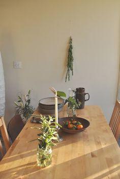 a simple table setting | via montmarte blog