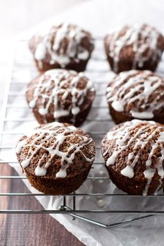 These maple gingerbread muffins are perfect for the holidays!