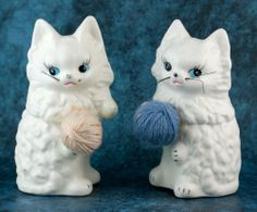Vintage Ceramic Pair of White Cat Salt and Pepper Shakers Lugene's Made In Japan