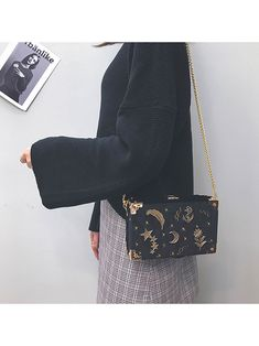 Women Velvet Embroidered Stars Crossbody Bag Leisure Shoulder Bag is designer, see other cute bags on NewChic. Kawaii Bags, Evening Attire, Types Of Bag, Red Fashion, Fashion Bags, Cute Bags, Asian Style, Stars And Moon, Purses And Handbags