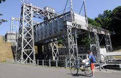 Ascenseur n°4 - Canal du Centre historique