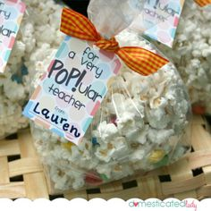 {Freebie} Teacher Appreciation Gift Ideas: For a very POPular Teacher-Make your favorite flavored popcorn-Free Gift Tag