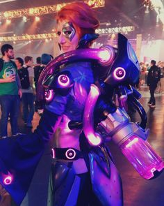 What a wild project it was bringing Moira to life - she challenged us in so many ways; the tubing the lights rigging... it was definitely a wild project over the past few weeks but we're so thrilled with the reception she got at Blizzcon! Very blessed to be part of the amazing community surrounding @playoverwatch and @blizzard !!! . Costume modelled by @libbyivespole  Costume built by @henchmenstudios . . . . . #Moira #Overwatch #Cosplay #Costume #Blizzard #HenchmenStudios