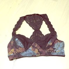 "Free People ""intimately"" bralette! Never worn-LF! Size medium free people bralette that I purchased from LF and never worn it! Beautiful floral and lace Free People Intimates & Sleepwear Bras"