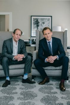 Tom Hiddleston and Marc Abraham. I Saw the Light promo. Source: https://www.namdinhstudios.com/portrait/theinterview Via https://twitter.com/hiddles_info_kr/status/881862520230756352