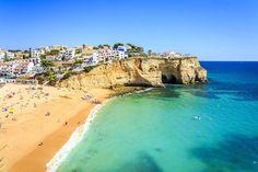 Praia do Carvoeiro no Algarve, Portugal - Getty Images