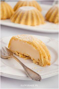 Babeczki z budyniem - I Love Bake Vanilla Cake, Cheesecake, Pie, Sweets, Cakes, Desserts, Torte, Tailgate Desserts, Cake
