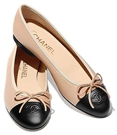 9ec1eb140dbe Chanel signature cap toe ballet flats beige and black lambskin ...