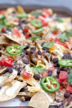 GROUND TURKEY NACHOS Nachos are a favorite in my home. We usually make nachos whenever we have grilled meat or shredded chicken leftovers. This recipe is made with ground turkey making these nachos simple to make any day of the week. The best part is they only take 20 minutes to make and I guarantee your family will love them. This recipe and video are also featured on The Guide.