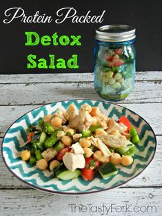 This salad looks great!! A great way to keep you fit and fab! #detox #salad