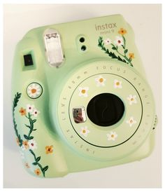 Polaroid Instax Mini, Fuji Instax Mini, Fujifilm Instax Mini, Cute Camera, Camera Art, Polaroid Camera Case, Camera Painting, Aesthetic Wallpapers, William Eggleston