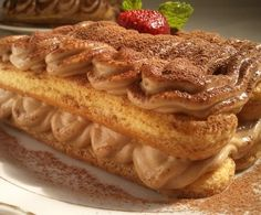 Gesztenyés tiramisu tojás nélkül! Olcsó, gyors, finom:-)))))) Poppy Cake, Hungarian Recipes, Trifle, Apple Pie, Nutella, Oreo, Waffles, French Toast, Deserts