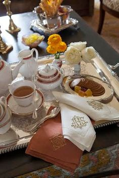 I want for coffee or tea time ! Coffee Time, Tea Time, Brunch Mesa, Pause Café, Tea Service, My Cup Of Tea, Breakfast In Bed, Tea Recipes, High Tea
