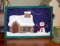 (7) Name: 'Quilting : Christmas Cottage Mug Rug