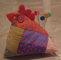 {chicken} pincushion - free pattern and instructions