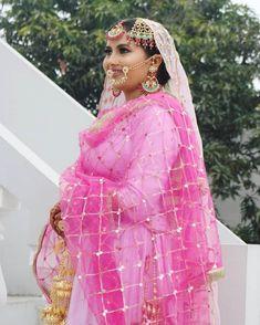 Sikh Bride, Punjabi Bride, Bridal Dupatta, Intimate Wedding Ceremony, Indian Bridal Makeup, Wedding Function, Indian Hairstyles, Bridal Outfits, Bridal Portraits