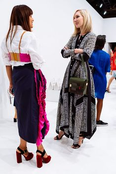 The Bags of New York Fashion Week S/S 2017: Day 6 Church Outfits, Church Clothes, Rich Girl, New York Fashion, Lace Skirt, Cool Outfits, Autumn Fashion, Fashion Looks, Street Style