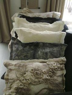 felt cushions by Lei55 Chocolade & Vilt http://www.lei55.nl/