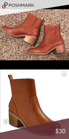 Mossimo Brown Ankle Booties! Brown leather Ankle boo tires with small heel. Only worn once in perfect condition. Comes with the box! Size 6.5 Mossimo Supply Co Shoes Ankle Boots & Booties