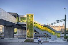 Fußgängerbrücke in Schweden / Seitenwechsel in Neon - Architektur und Architekten - News / Meldungen / Nachrichten - BauNetz.de
