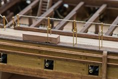Yet another Victory by Bernd - HMS Victory Build Diaries - ModelSpace Hammock Netting, Indoor Hammock, Hammocks, Scale Model Ships, Scale Models, Moto Guzzi California, Model Sailing Ships, Hms Hood, Model Ship Building