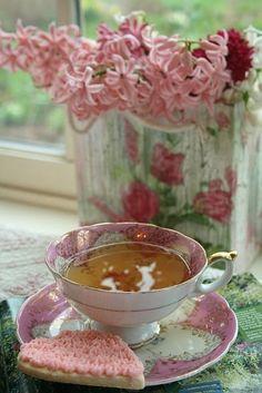 :) #teatime https://www.facebook.com/CelestialSeasonings/app_593554104036964
