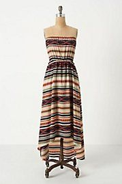 I want this dress too - looks great with a green belt.