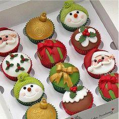 Gorgeous X-mas cupcakes christmas cakes, christmas sweets, food, holiday cupcakes, navidad, christmas cupcakes, christma cupcak, parti, treat