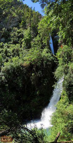 Cascada Corbata
