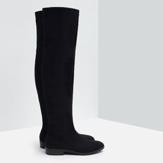 Zara soft/ flat tall boots Brand new with tag! 🚫🚫🚫NO TRADE 🚫🚫🚫 Zara Shoes Over the Knee Boots Zara Flats, Zara Shoes, Flat Boots, Shoe Boots, Boot Brands, Over The Knee Boots, Fashion Shoes, Brand New, Shopping