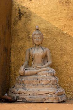 Small Buddha statue - Thailand
