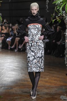 Giles RTW Fall 2015 - Slideshow - Runway, Fashion Week, Fashion Shows, Reviews and Fashion Images - WWD.com