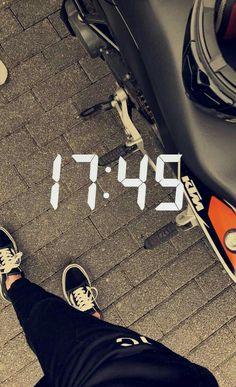Creative Instagram Stories, Instagram Story, Motos Ktm, Motocross Love, Snap Streak, Tumblr Couples, Bike Quotes, Insta Snap, Cafe Racer Bikes