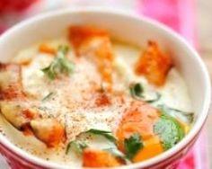 Œufs cocotte à la courge butternut rôtie (facile, rapide) - Une recette CuisineAZ