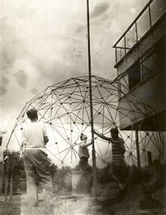 Buckminster Fuller's class builds a geodesic dome improvised out of slats in the school's back yard, 1948-1949 (via State Archives of North Carolina)