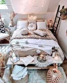 Bohemian Style Ideas for Bedroom Decor DeCoStYle # Böhmisc T ., Bohemian Style Ideas for Bedroom Decor DeCoStYle # Böhmisc T Teenage Girl Bedrooms ArtIdeen Bohemian Bohemian DeCoStYle for BedroomDecor. Cute Bedroom Ideas, Cute Room Decor, Room Ideas Bedroom, Home Bedroom, Girls Bedroom, Boho Teen Bedroom, Bedroom Furniture, Teenage Girl Bedroom Decor, Bohemian Bedroom Design