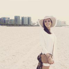 Biała plaż w Abu Dhabi  #abudhabi #uae #lovetotravel ☺️☺️☺️