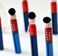 Little Drummer Boy Clothespin Crafts   If you're looking for Christmas crafts for kids, you've found it in these fun clothespin crafts.