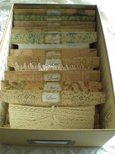 Ribbon and lace storage; use this template and/or foam core board. Use zig-zag cuts to secure (http://cdn1.stuff4scrapbooking.com/catalog/product/cache/4/image/9df78eab33525d08d6e5fb8d27136e95/3/1/315671.jpg)
