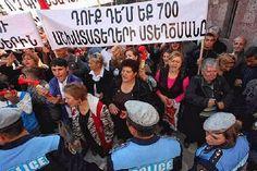 Tras semanas de protestas y mítines ciudadanos en Erevan por la remodelación realizada al mítico mercado cubierto, ahora convertido en un centro de compras, elevó su tenor ayer cuando los activistas pidieron a la ciudadanía un boicot del lugar.