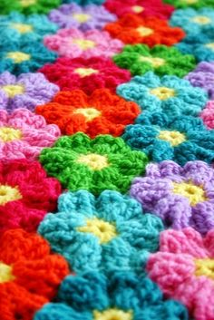 A nifty crochet tip for taking your join-as-you-go motifs on the go with you without taking the whole project! Felted Button - Colorful Crochet Patterns