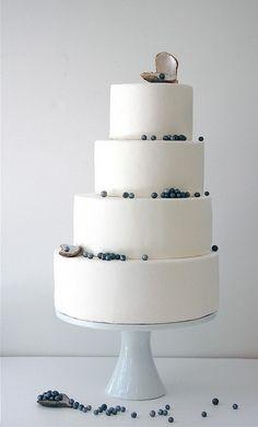 black pearl wedding cake - my absolute favorite!!!