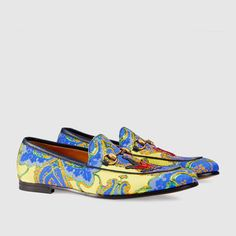 Gucci Loafers Collection & More Luxury Details Best Shoes For Men, Men S Shoes, Golf Shoes, Shoes Sneakers, Mocassins Gucci, Gucci Loafers, Mens Moccasins Loafers, Loafers Men, Gucci Jordaan