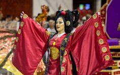 09 FEV 2013, São Paulo, BR - Passista da Unidos de Vila Maria exibe figurino que lembra vestes tradicionais coreanas.