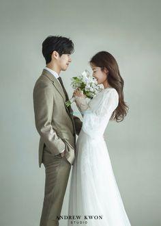 Pre Wedding Poses, Wedding Picture Poses, Pre Wedding Photoshoot, Wedding Couples, Korean Wedding Photography, Wedding Couple Poses Photography, Romantic Photography, Korean Couple Photoshoot, Korean Photo