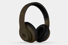 Undefeated x Beats by Dr. Dre Studio Headphones