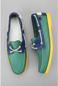 Sebago Neon Leather Spinnaker Boat Shoe - Urban Outfitters