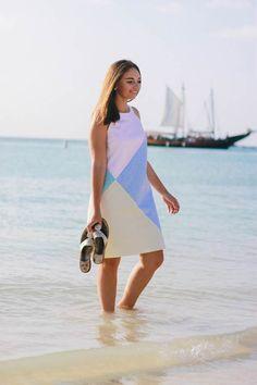 Seersucker Blocked Dress - The Coastal Confidence - Palm Beach Aruba vacation ft. @vineyardvines #edsftg