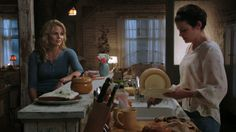 Williams Sonoma Acorn Soup Bowl in Caramel as seen in Mary Margaret Blanchard's apartment...   Once Upon a Time Finds